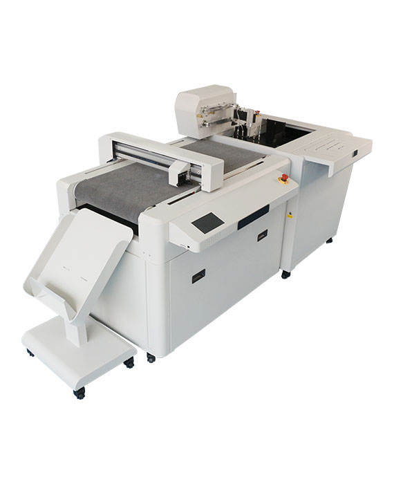 PLOTTER-FUSTELLATRICE-DIGITALE-MOD-DIGIT-AUTO-1-PLASTITECH
